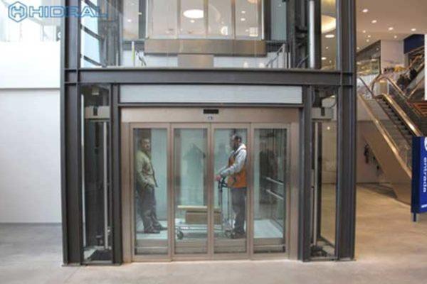 Ascenseurs Secteur Commercial